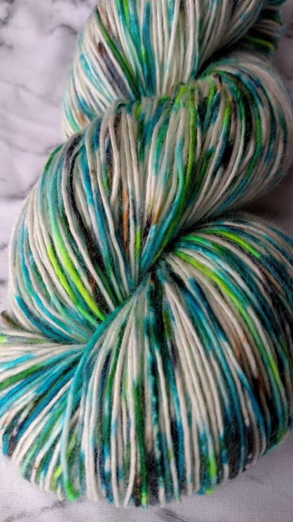 ice dyed yarn